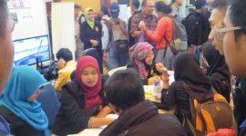 Antusiasme Para Pendaftar untuk masuk ke FTI Jayabaya