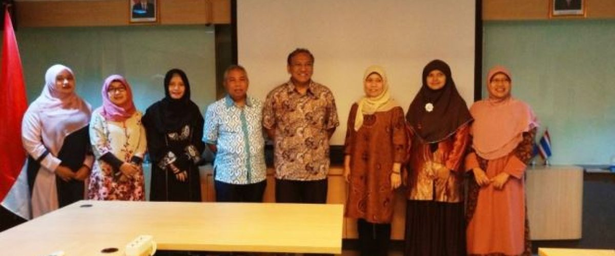 Penandatangan MoU FTI UJ dengan Banyak Sekolah  di Area Bogor