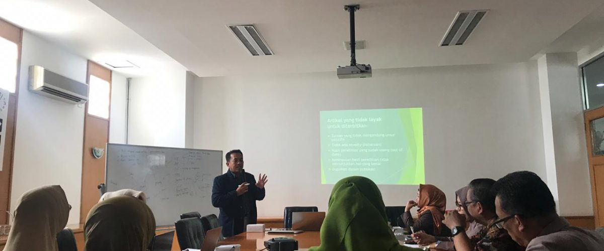 Pelatihan Penulisan Jurnal Internasional